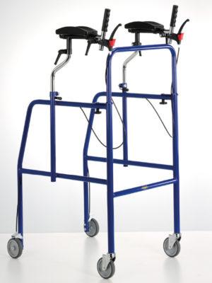 Deambulatore scorrevole su 4 ruote completo di appoggi antibrachiali